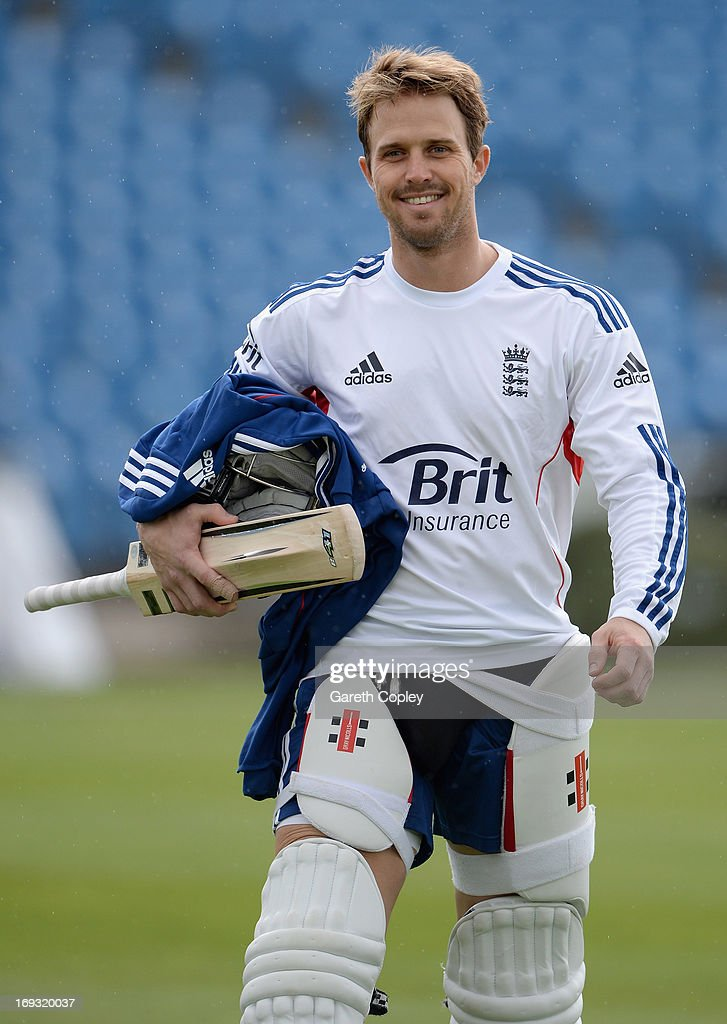 <a gi-track='captionPersonalityLinkClicked' href=/galleries/search?phrase=Nick+Compton&family=editorial&specificpeople=654760 ng-click='$event.stopPropagation()'>Nick Compton</a> of England walks from the indoor school after a nets session at Headingley on May 23, 2013 in Leeds, England.