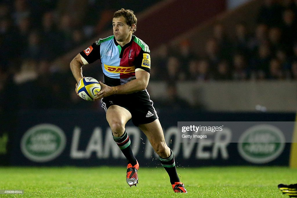 Nick Evans of Harlequins in action during the Aviva Premiership match between Harlequins and Sale Sharks at Twickenham Stoop on November 21 2014 in...