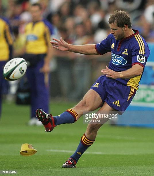 Nick Evans of the Highlanders kicks a penalty during the Round 2 Super 14 rugby match between the Highlanders and the Blues on February 17 at...