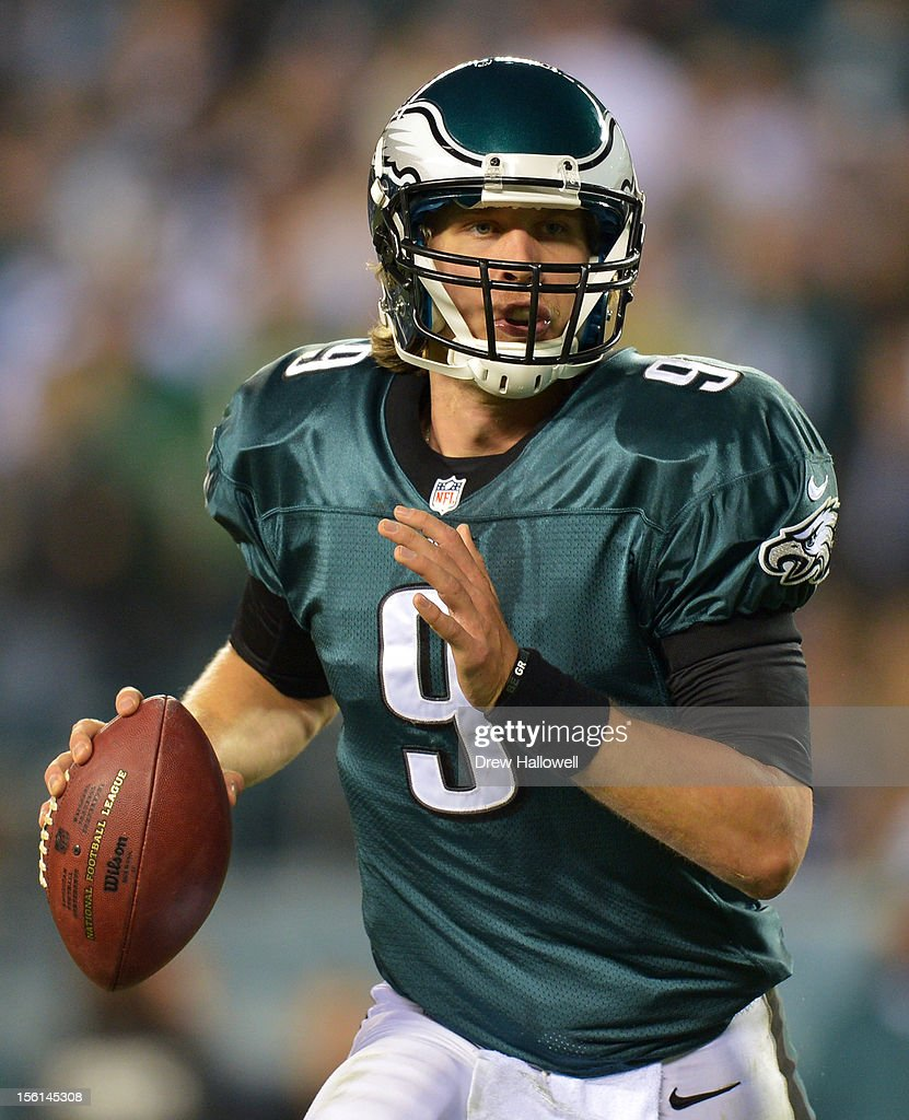 <a gi-track='captionPersonalityLinkClicked' href=/galleries/search?phrase=Nick+Foles&family=editorial&specificpeople=4620741 ng-click='$event.stopPropagation()'>Nick Foles</a> #9 of the Philadelphia Eagles scrambles during the game against the Dallas Cowboys at Lincoln Financial Field on November 11, 2012 in Philadelphia, Pennsylvania. The Cowboys won 38-23.