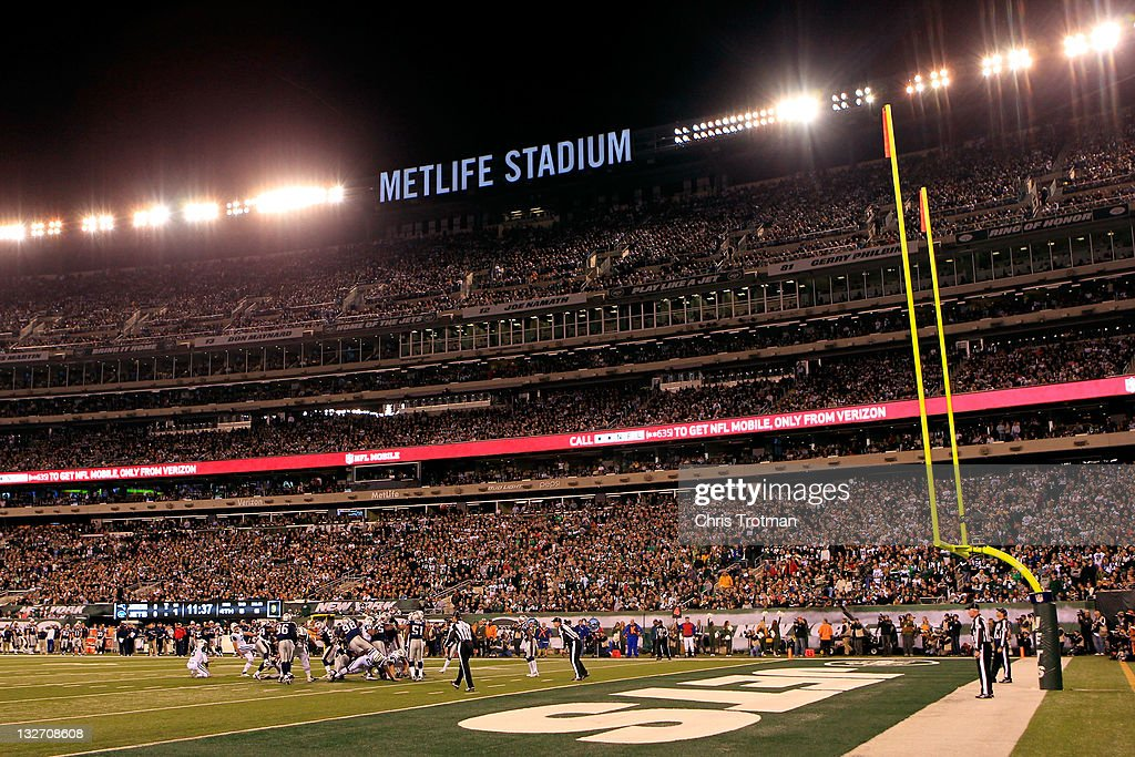 Nick Folk of the New York Jets misses a field goal in the first quarter against the New England Patriots at MetLife Stadium on November 13 2011 in...