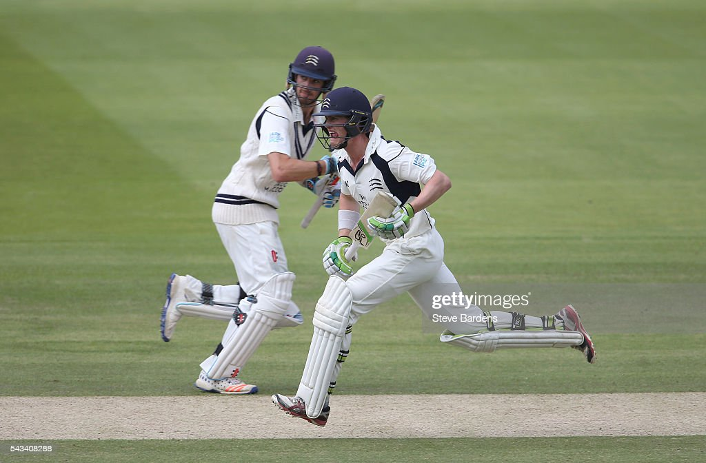 Nick Gubbins (R) and Stephen Eskanazi of Middlesex go for a quick single during day three of the Specsavers County Championship division one match between Middlesex and Lancashire at Lords on June 28, 2016 in London, England.