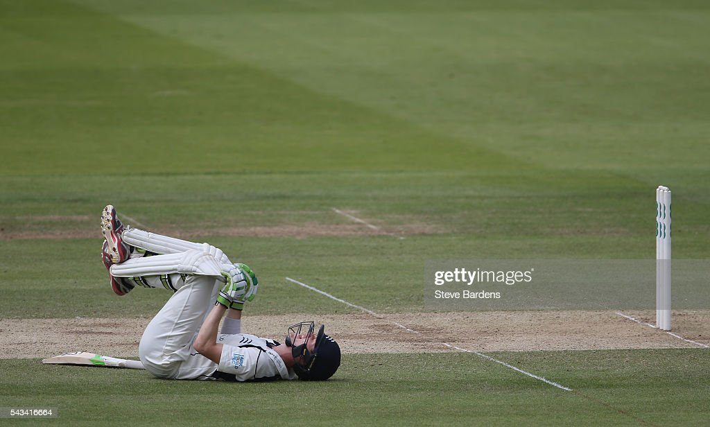 Nick Gubbins of Middlesex stretches during day three of the Specsavers County Championship division one match between Middlesex and Lancashire at Lords on June 28, 2016 in London, England.
