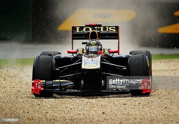 Nick Heidfeld of Germany and team Renault goes into the gravel during qualifying for the Australian Formula One Grand Prix at the Albert Park Circuit...