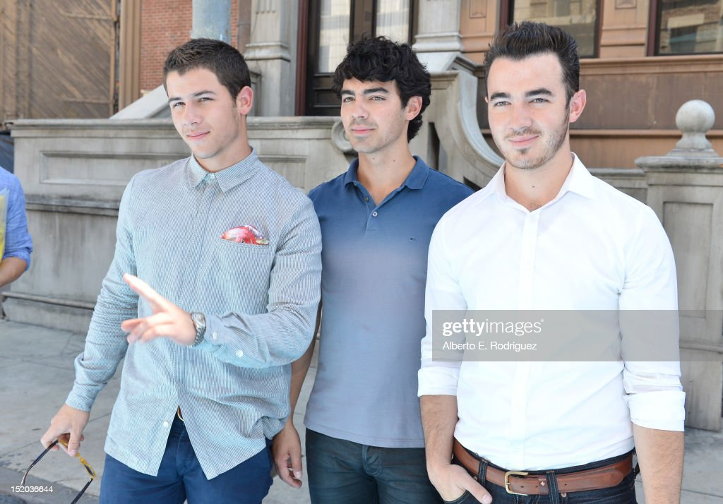 <a gi-track='captionPersonalityLinkClicked' href=/galleries/search?phrase=Nick+Jonas&family=editorial&specificpeople=842713 ng-click='$event.stopPropagation()'>Nick Jonas</a>, <a gi-track='captionPersonalityLinkClicked' href=/galleries/search?phrase=Joe+Jonas&family=editorial&specificpeople=842712 ng-click='$event.stopPropagation()'>Joe Jonas</a>, and <a gi-track='captionPersonalityLinkClicked' href=/galleries/search?phrase=Kevin+Jonas&family=editorial&specificpeople=709547 ng-click='$event.stopPropagation()'>Kevin Jonas</a> of The Jonas Brothers arrive at Variety's Power of Youth presented by Cartoon Network held at Paramount Studios on September 15, 2012 in Hollywood, California.
