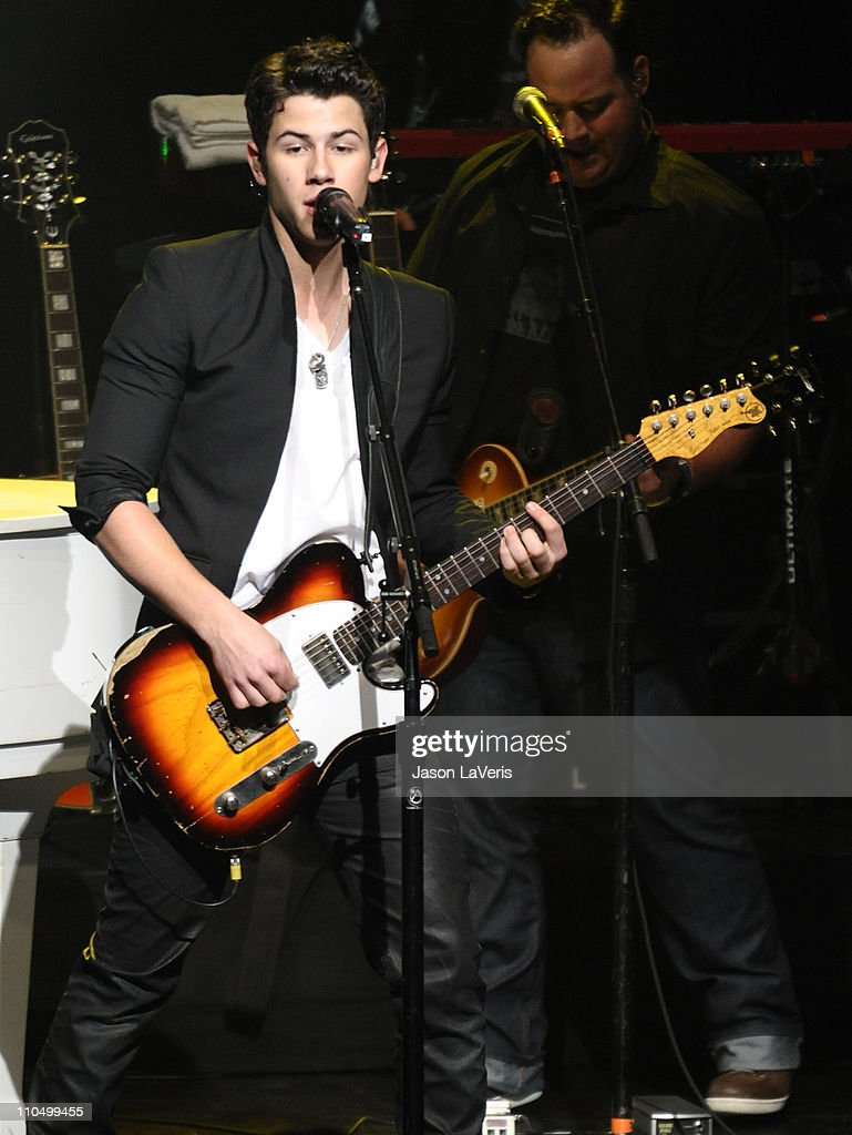 <a gi-track='captionPersonalityLinkClicked' href=/galleries/search?phrase=Nick+Jonas&family=editorial&specificpeople=842713 ng-click='$event.stopPropagation()'>Nick Jonas</a> of The Jonas Brothers performs at the 2011 Concert For Hope at Gibson Amphitheatre on March 20, 2011 in Universal City, California.