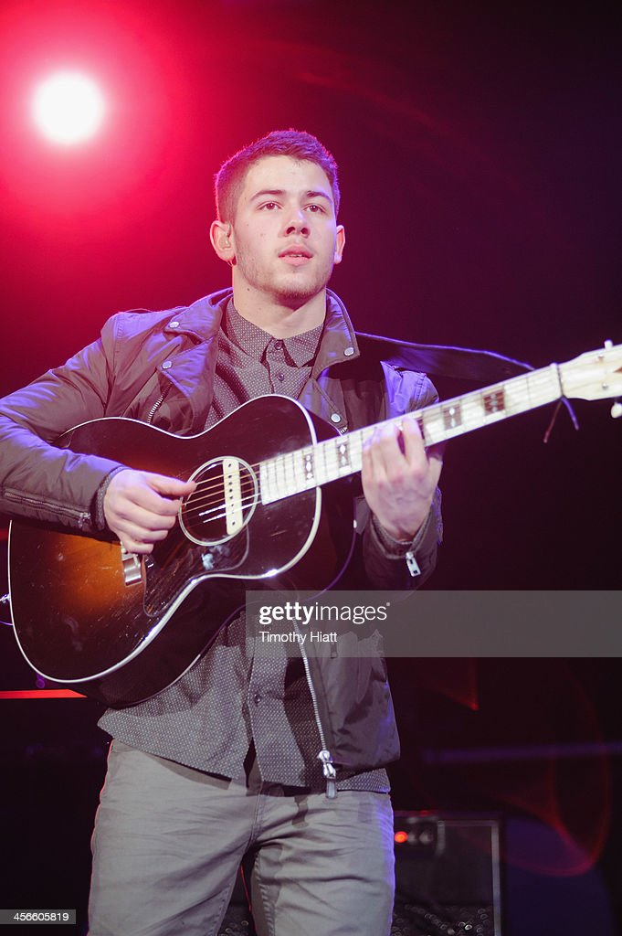 Nick Jonas performs during the B96 Pepsi Jingle Bash at Allstate Arena on December 14, 2013 in Chicago, Illinois.