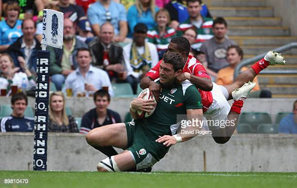 Nick Kennedy of London Irish scores in the match against the British Army during the Middlesex Sevens at Twickenham Stadium on August 15 2009 in...