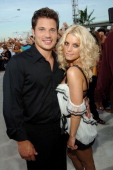 Nick Lachey and Jessica Simpson during 2005 MTV Video Music Awards White Carpet at American Airlines Arena in Miami Florida United States