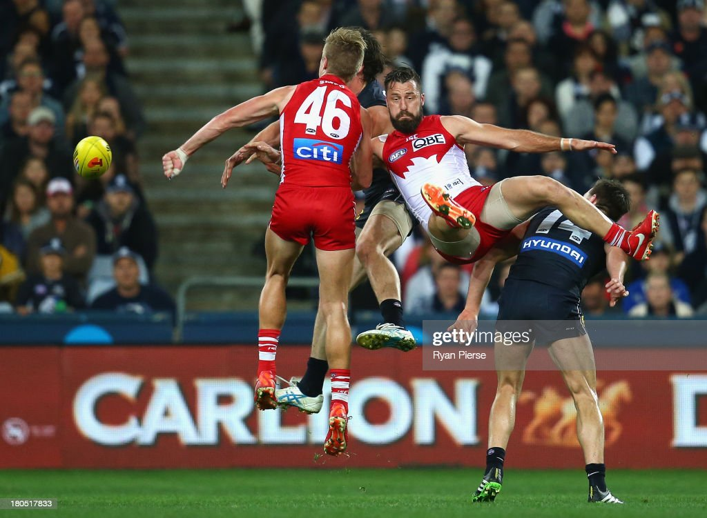 Nick Malceski of the Swans competes for the ball during the AFL First Semi Final match between the Sydney Swans and the Carlton Blues at ANZ Stadium on September 14, 2013 in Sydney, Australia.