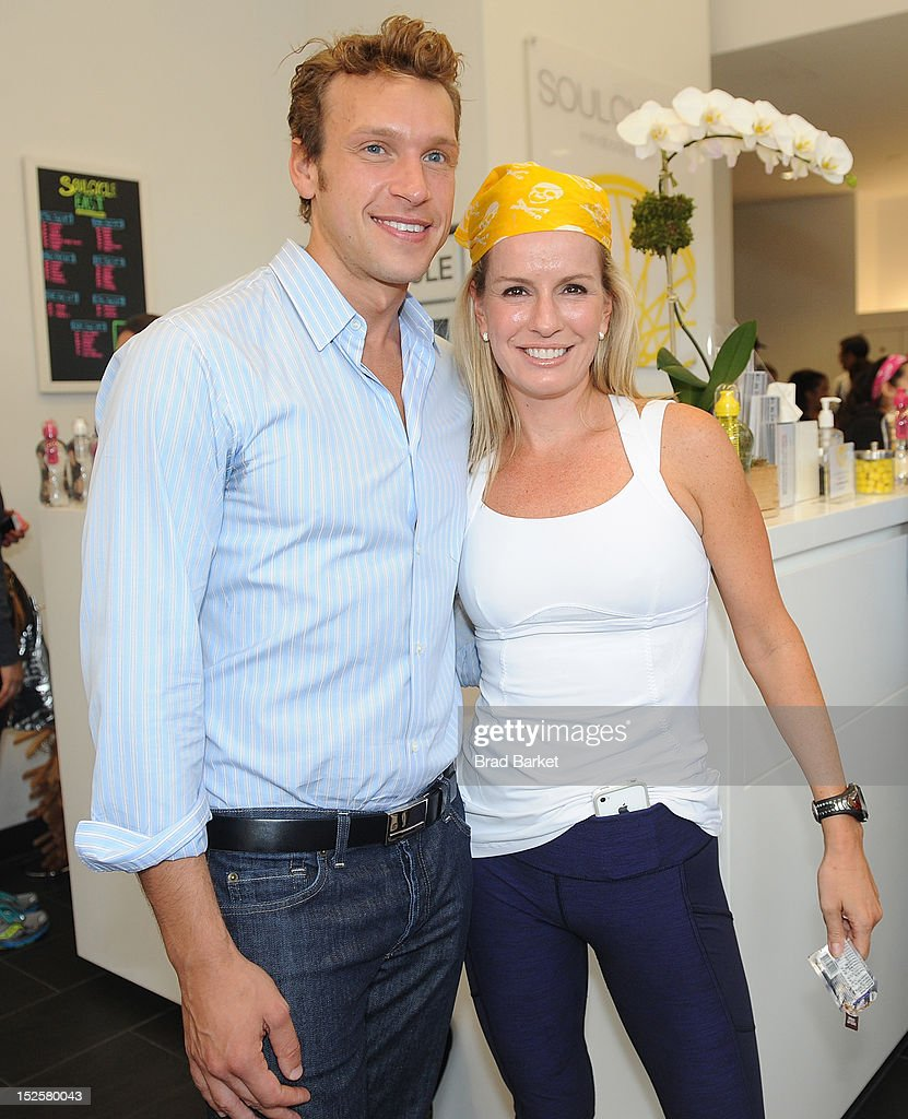 Nick Oram and Dr. Jen Ashton attend American Cancer Society & Young Friends Of The DreamBall SoulCycle Charity Ride at SoulCycle 1470 Third Ave on September 22, 2012 in New York City.