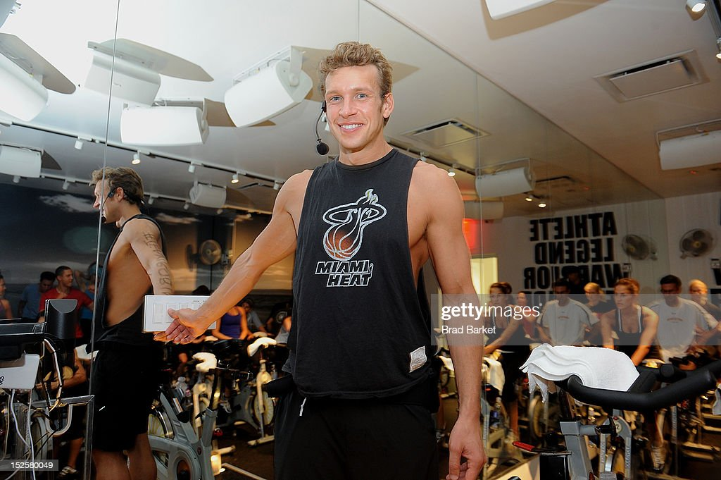 Nick Oram attends American Cancer Society & Young Friends Of The DreamBall SoulCycle Charity Ride at SoulCycle 1470 Third Ave on September 22, 2012 in New York City.