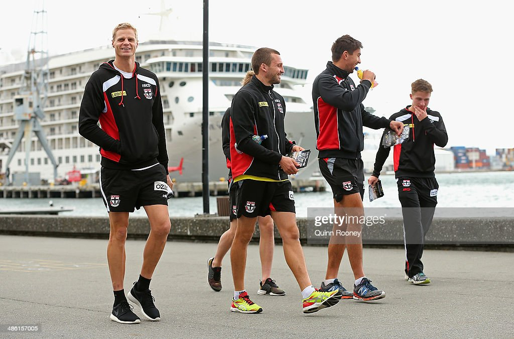 <a gi-track='captionPersonalityLinkClicked' href=/galleries/search?phrase=Nick+Riewoldt&family=editorial&specificpeople=176552 ng-click='$event.stopPropagation()'>Nick Riewoldt</a>, Jarryn Geary, Billy Longer and Jack Billings of the Saints walk along the waterfront of Wellington during a St Kilda Saints AFL media session on April 23, 2014 in Wellington, New Zealand.