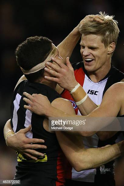 Nick Riewoldt of the Saints celebrates a goal with Leigh Montagna of the Saints during the round 18 AFL match between the St Kilda Saints and the...