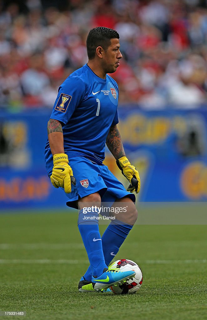 Nick Rimando #1 of the United States controls the ball against Panama during the CONCACAF Gold Cup final match at Soldier Field on July 28, 2013 in Chicago, Illinois. The United States defeated Panama 1-0.