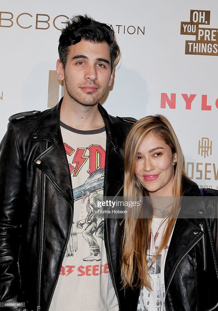 <a gi-track='captionPersonalityLinkClicked' href=/galleries/search?phrase=Nick+Simmons&family=editorial&specificpeople=650232 ng-click='$event.stopPropagation()'>Nick Simmons</a> (L) attends the Nylon Magazine May young Hollywood issue party at Tropicana Bar at The Hollywood Rooselvelt Hotel on May 8, 2014 in Hollywood, California.