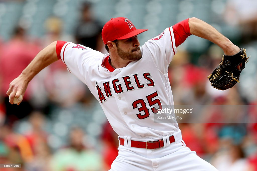 Nick Tropeano #35 of the Los Angeles Angels of Anaheim pitches during the first inning of a baseball game between the Los Angeles Angels of Anaheim and the Houston Astros at Angel Stadium of Anaheim on May 29, 2016 in Anaheim, California.
