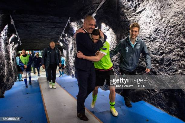 Nick Viergever Joel Veltman and team mates celebrate in the player tunnel after the UEFA Europa League quarter final second leg match between FC...