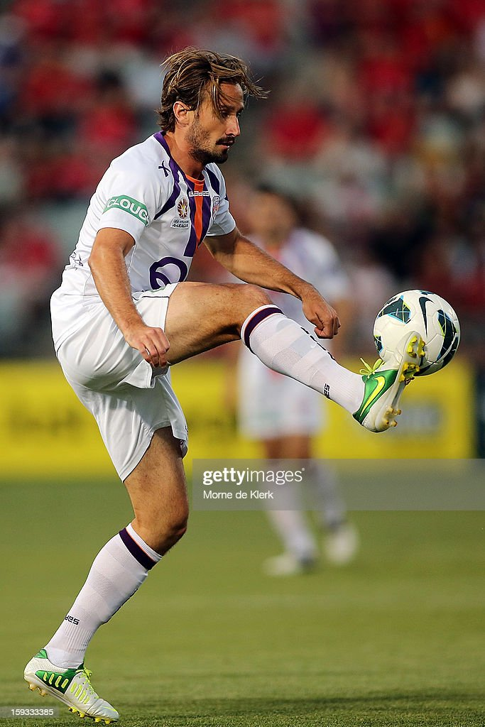 Nick Ward of Perth wins the ball during the round 16 A-League match between Adelaide United and the Perth Glory at Hindmarsh Stadium on January 11, 2013 in Adelaide, Australia.