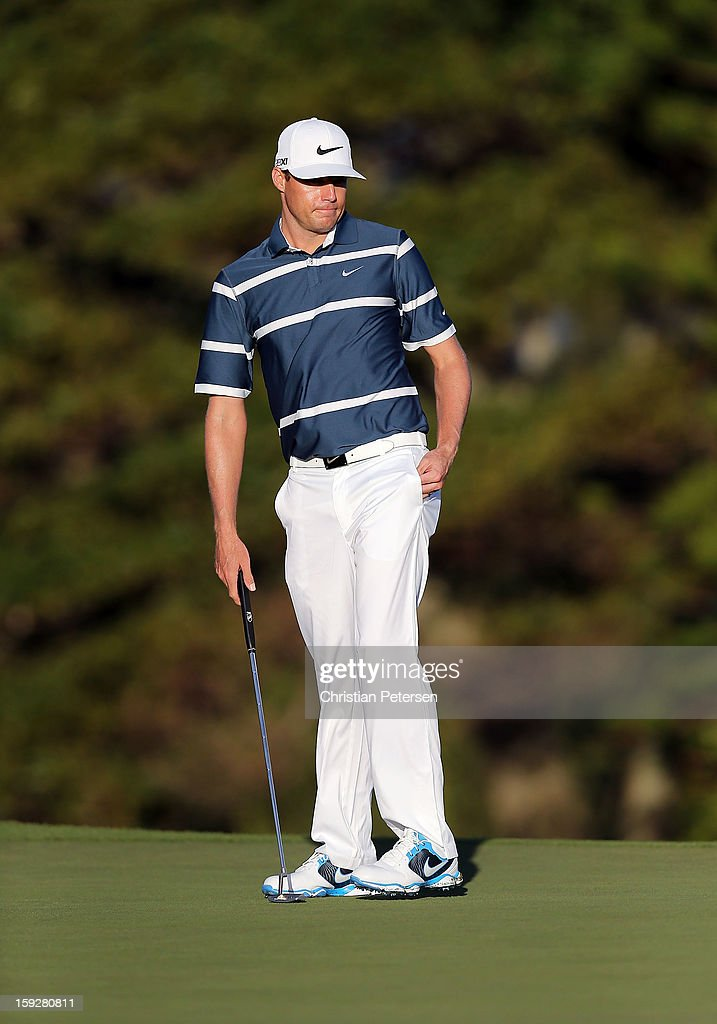 Nick Watney putts during the final round of the Hyundai Tournament of Champions at the Plantation Course on January 8, 2013 in Kapalua, Hawaii.