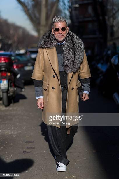 Nick Wooster outside Armani during Milan Men's Fashion Week Fall/Winter 2016/17 on January 18 in Milan Italy