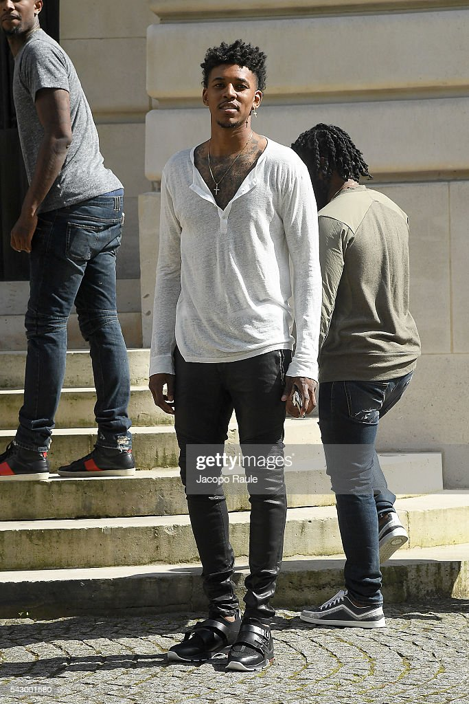Nick Young is seen arriving at Balmian Show duirng Paris Fashion Week - Menswear Spring/Summer 2017 on June 25, 2016 in Paris, France.