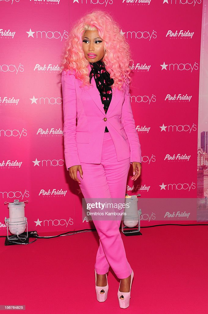 <a gi-track='captionPersonalityLinkClicked' href=/galleries/search?phrase=Nicki+Minaj+-+Artieste&family=editorial&specificpeople=6362705 ng-click='$event.stopPropagation()'>Nicki Minaj</a> attends Pink Friday Fragrance Launch at Macy's Queens Center Mall on November 20, 2012 in the Queens borough of New York City.