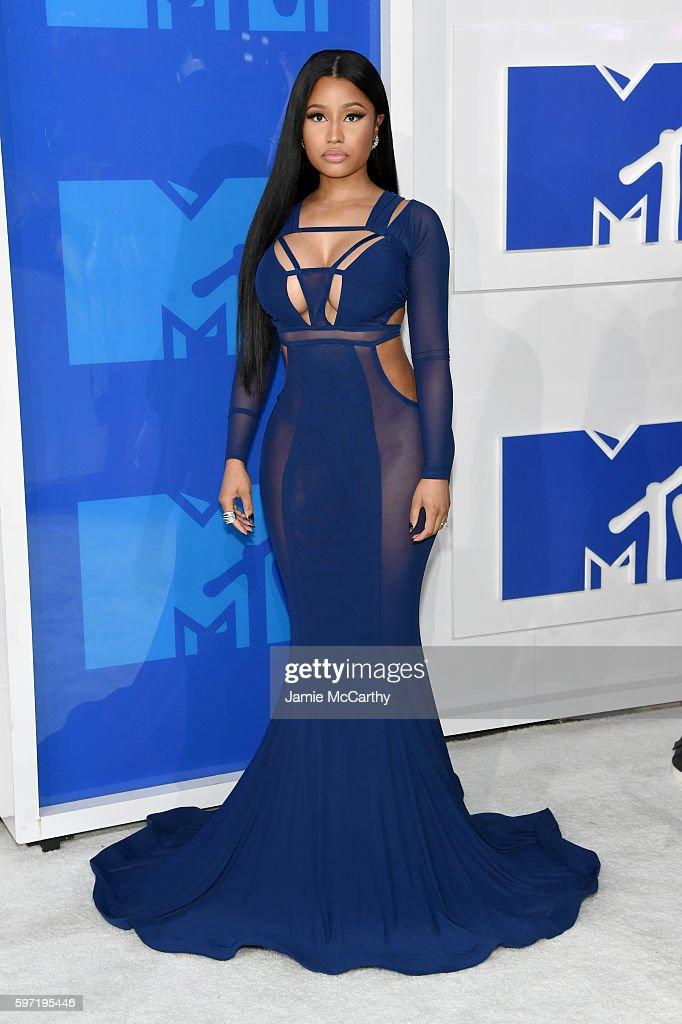 Nicki Minaj Nicki-minaj-attends-the-2016-mtv-video-music-awards-at-madison-square-picture-id597195446