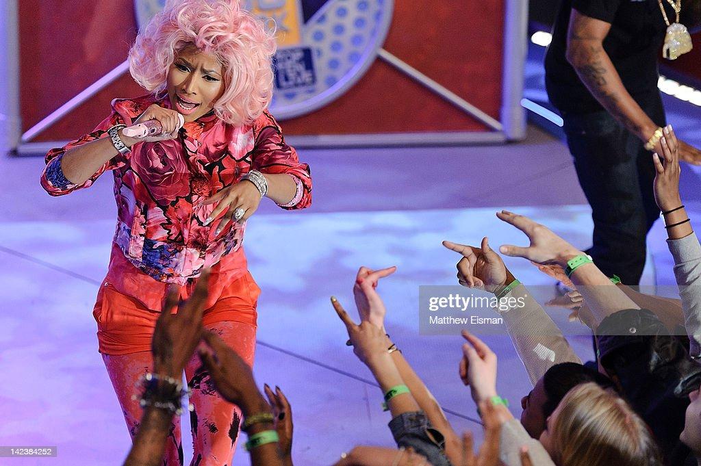 Nicki Minaj, 2 Chainz, Beenie Man And Cam'-ron Visit BET'-s