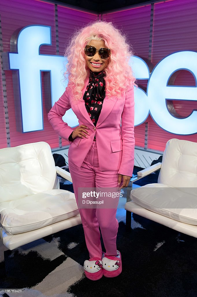 <a gi-track='captionPersonalityLinkClicked' href=/galleries/search?phrase=Nicki+Minaj+-+Performer&family=editorial&specificpeople=6362705 ng-click='$event.stopPropagation()'>Nicki Minaj</a> visits fuse's 'Top 20 Countdown' at fuse Studios on November 20, 2012 in New York City.
