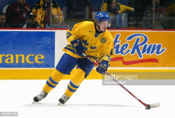 Nicklas Backstrom of Team Sweden looks to make a play with the puck against Team Czech Republic during their World Jr Hockey Championship 5th place...