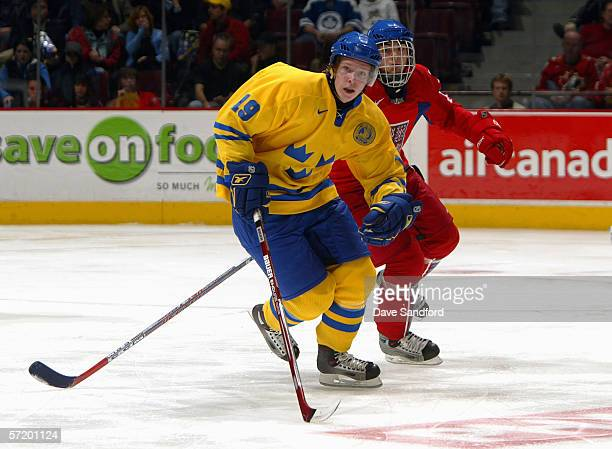Nicklas Backstrom of Team Sweden skates against Team Czech Republic during their World Jr Hockey Championship 5th place game at General Motors Place...
