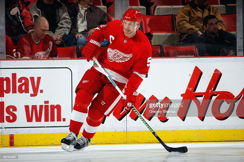 Nicklas Lidstrom #5 of the Detroit Red Wings skates during the game against the Boston Bruins on November 3, 2009 at Joe Louis Arena in Detroit, Michigan.