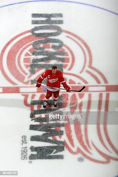 Nicklas Lidstrom of the Detroit Red Wings stands at center ice during warmups before Game Two of the Western Conference Semifinal Round of the 2009...