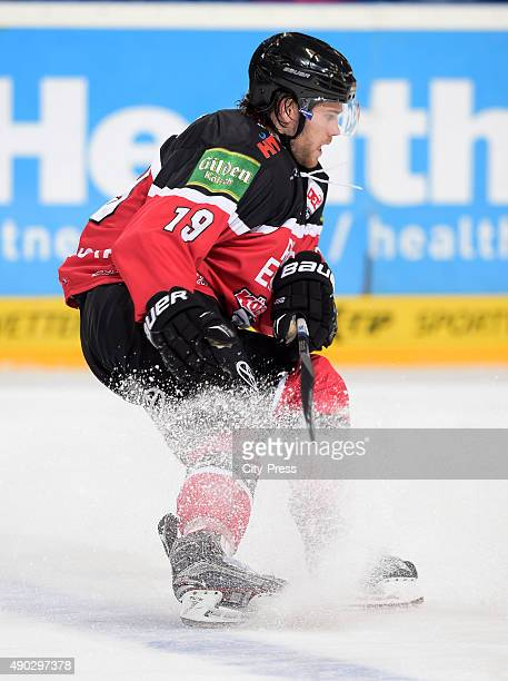 Nickolas Latta of the Koelner Haie during the DEL game between Koelner Haie and the Augsburger Panther on September 27 2015 in Cologne Germany