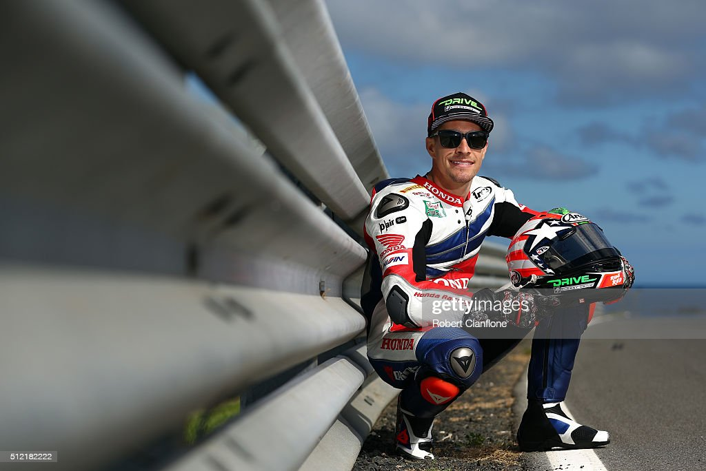 <a gi-track='captionPersonalityLinkClicked' href=/galleries/search?phrase=Nicky+Hayden+-+Motociclista&family=editorial&specificpeople=227346 ng-click='$event.stopPropagation()'>Nicky Hayden</a> of the USA and rider of the #69 Honda World Superbike Team Honda poses during previews for round one of the 2016 World Superbike Championship at Phillip Island Grand Prix Circuit on February 25, 2016 in Phillip Island, Australia.