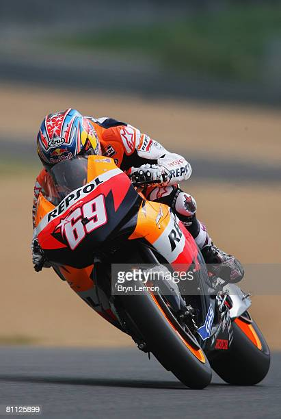 Nicky Hayden of the USA and Team Repsol Honda in action during practice prior to Qualifying for the MotoGP of France at the Le Mans Circuit on May 17...