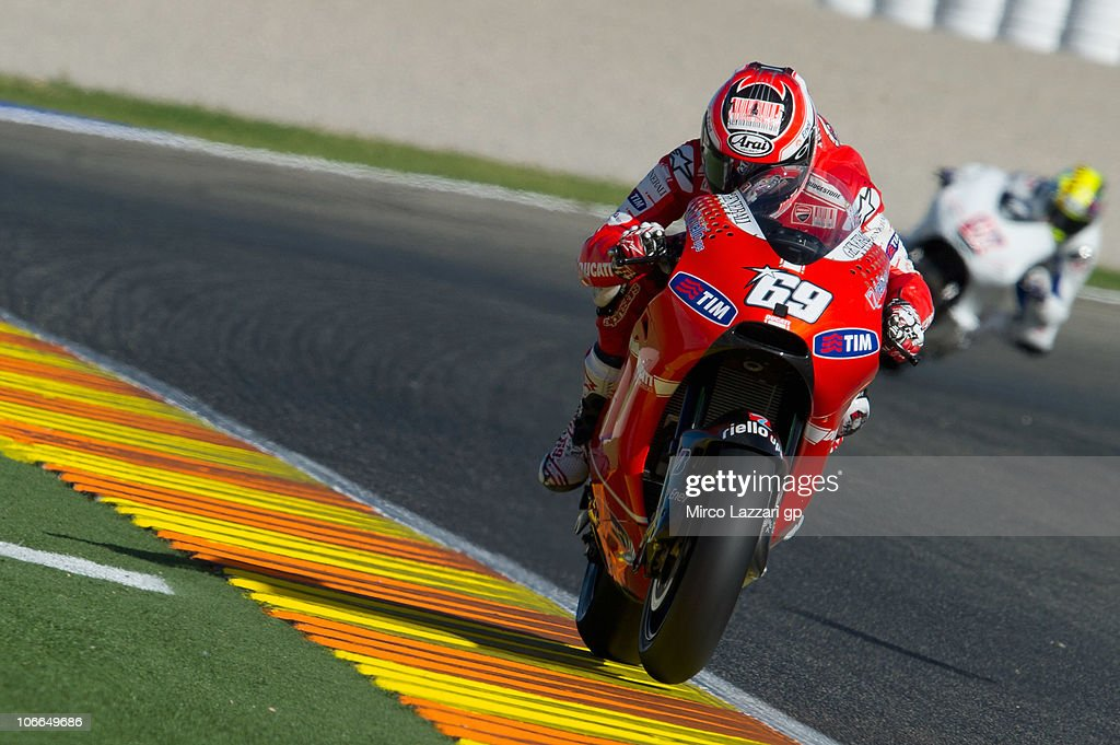 <a gi-track='captionPersonalityLinkClicked' href=/galleries/search?phrase=Nicky+Hayden+-+Motorcycle+Racer&family=editorial&specificpeople=227346 ng-click='$event.stopPropagation()'>Nicky Hayden</a> of USA and Ducati Marlboro Team heads down a straight during the first test of 2011 season at Ricardo Tormo Circuit on November 9, 2010 in Valencia, Spain.