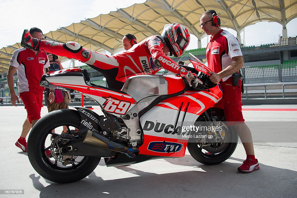 <a gi-track='captionPersonalityLinkClicked' href=/galleries/search?phrase=Nicky+Hayden+-+Motorcycle+Racer&family=editorial&specificpeople=227346 ng-click='$event.stopPropagation()'>Nicky Hayden</a> of USA and Ducati Marlboro Team prepares to start from box during the MotoGP Tests in Sepang - Day Two at Sepang Circuit on February 27, 2013 in Kuala Lumpur, Malaysia.