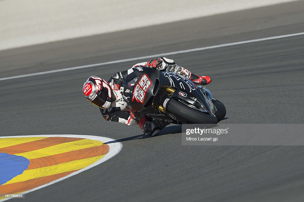 Nicky Hayden of USA and Power Electronics Aspar rounds the bend during the MotoGP Tests in Valencia - Day 2 at Ricardo Tormo Circuit on November 12, 2013 in Valencia, Spain.