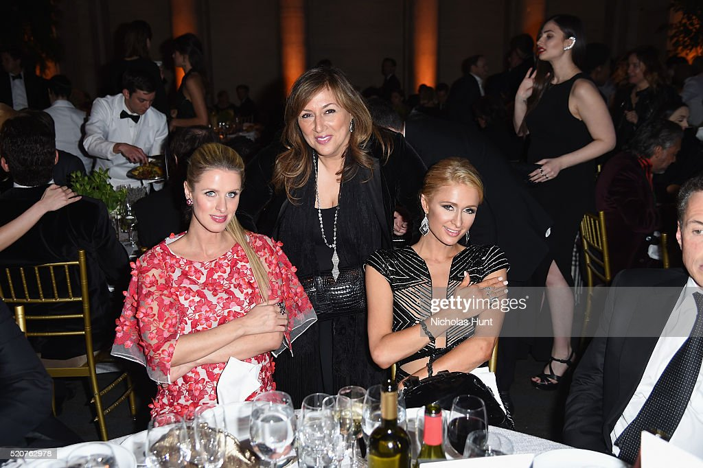 Nicky Hilton Rothschild Lorraine Schwartz and Paris Hilton attend the Foundation Fighting Blindness World Gala at Cipriani 42nd Street on April 12...
