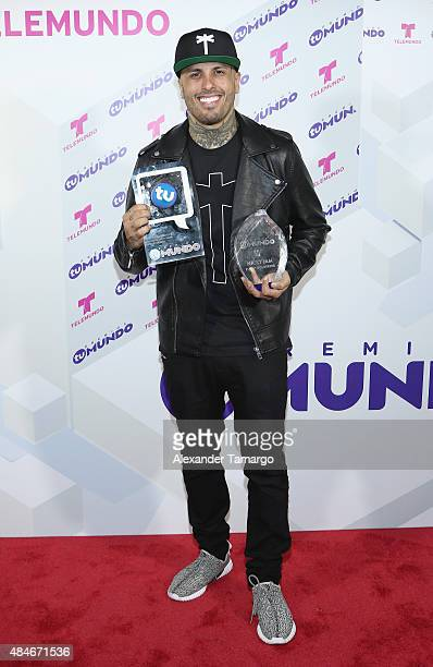 Nicky Jam attends Telemundo's 'Premios Tu Mundo Awards' 2015 at American Airlines Arena on August 20 2015 in Miami Florida
