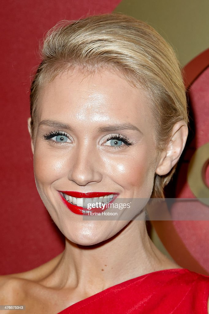 Nicky Whelan attends the QVC 5th annual red carpet style event at The Four Seasons Hotel on February 28, 2014 in Beverly Hills, California.