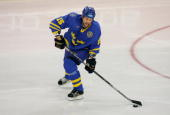 Niclas Havelid of Sweden in action during the final of the men's ice hockey match between Finland and Sweden during Day 16 of the Turin 2006 Winter...