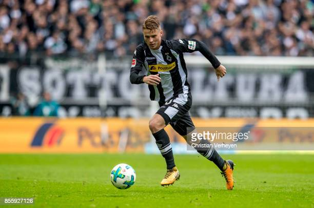 Nico Elvedi of Borussia Moenchengladbach controls the ball during the Bundesliga match between Borussia Moenchengladbach and Hannover 96 at...