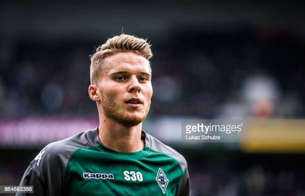 Nico Elvedi of Moenchengladbach looks up prior to the Bundesliga match between Borussia Moenchengladbach and Bayer 04 Leverkusen at BorussiaPark on...