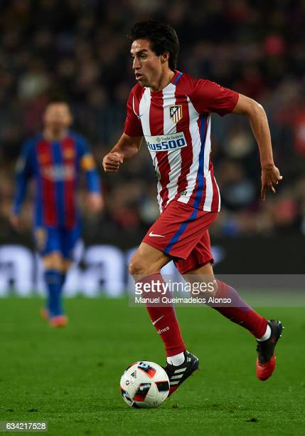 Nico Gaitan of Atletico de Madrid runs with the ball during the Copa del Rey semifinal second leg match between FC Barcelona and Atletico de Madrid...