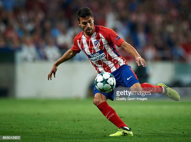 Nico Gaitan of Atletico Madrid in action during the UEFA Champions League group C match between Atletico Madrid and Chelsea FC at Wanda Metropolitano...