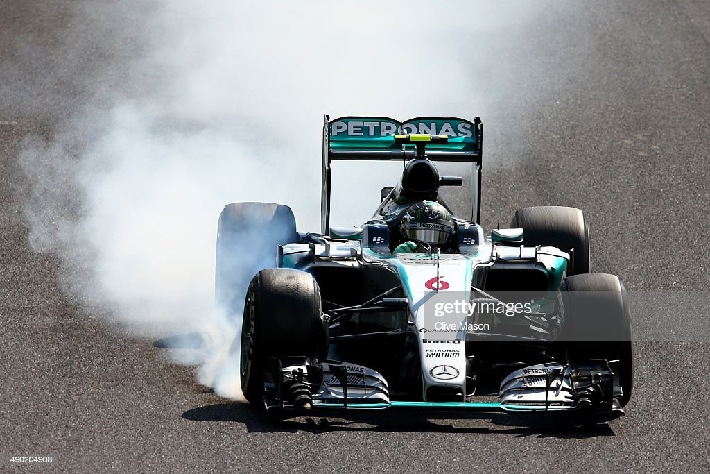 Nico Rosberg of Germany and Mercedes GP locks up during the Formula One Grand Prix of Japan at Suzuka Circuit on September 27 2015 in Suzuka Japan