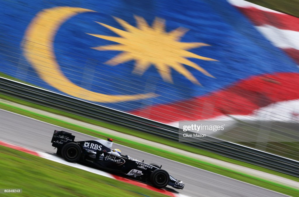 Nico Rosberg of Germany and Williams comes in action during the Malaysian Formula One Grand Prix at the Sepang Circuit on March 23, 2008 in Kuala Lumpur, Malaysia.